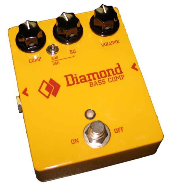 Основу бас-гитарной педали составляет схема, использующая оптический принцип компрессии сигнала и эквалайзер с очень...