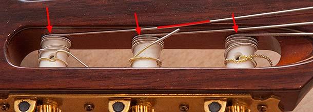 Как правильно заменить струны